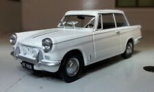 1:43 ECHELLE BLANC TRIUMPH 1200 Herald Berline voiture miniature