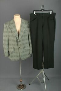 1970\u2019s Green Checkered Suit