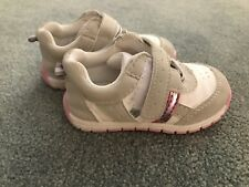 BRAND NEW BABY GIRL SHOES/RUNNERS SIZE 4