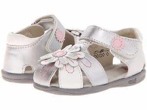 Sandals Silver & White Closed Toe Little Girls Sandals  Umi Infants SZ 6 1/2