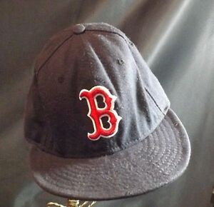 """BOSTON RED SOX BLACK  BASEBALL CAP RED EMBROIDERED """"B"""" OFFICIAL MLB SIZE 7 3/8"""""""