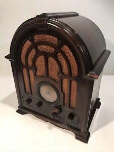 """Vintage 1930s RCA Victor Model 121 Tube Tombstone Cathedral Estate Find 17"""" Tall"""
