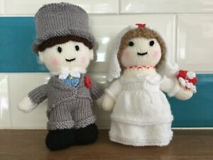 Hand knitted Bride and Groom.