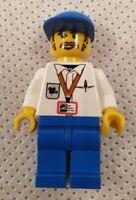 Vintage Lego Studios 1357 Cameraman Minifigure