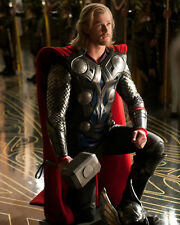 Thor Chris Hemsworth Awesome Poster 10x8 Photo