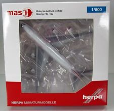 Herpa Wings 529679  Malaysia Airlines Boeing 747-400 - Retro colors  Scale 1/500