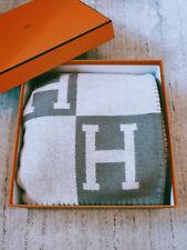 Hermes Wool/Cashmere Avalon Throw Warm Luxury Blanket Grey