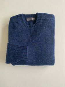 Gents Dark Blue Shetland Seamless Sweater sizes in L and XXL Made in Scotland