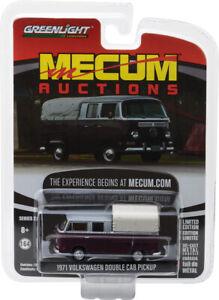 Greenlight 1/64 Mecum Series 2 1971 Volkswagen Double Cab Burgundy / Silv 37140C
