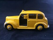 Vintage DINKY TOYS MECCANO AUSTIN TAXI CAB W/DRIVER
