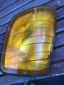 Mercedes W124 1985-1995 Genuine Corner Light Turn Signal Left OEM 1248260243
