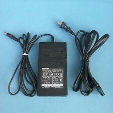 TOSHIBA PA2444U AC/DC Adaptor/Power supply 15V, 4A
