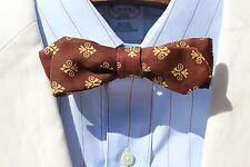 Vintage Gent's Brown & Ivory Print Silk Diamond Point Skinny Self-Tie Bow Tie