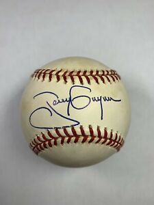 Tony Gwynn autographed Major League Baseball Padres Hall of Fame