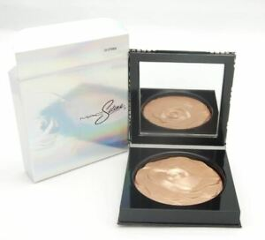 MAC Selena La Reina Extra Dimension Skinfinish Powder Highlighter LA LEYENDA