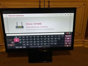 """LG 24MT35S 24"""" HD Ready Smart TV Freeview HD. Excellent Condition"""