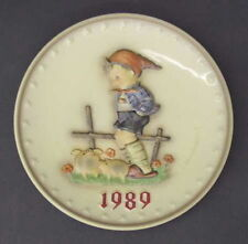 Goebel Hummel Farm Boy (1989) Annual Plate Bas Relief Framed w/ Box