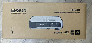 Epson EX5240 XGA 3LCD Portable Projector, 3200 Lumens NEW!