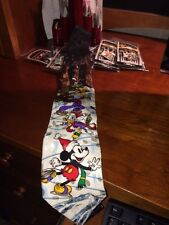 NWT MICKEY MOUSE ICE SKATING with Donald and Goofy and Pluto Plu- Silk Tie