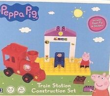 Peppa Pig- Train Construction Set