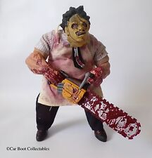 "Mezco cinema of fear-Massacre à la tronçonneuse Leatherface 9"" Action Figure."