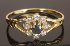 A SOLID 9ct GOLD CREATED DIAMOND & NATURAL SAPPHIRE CLUSTER RING SIZE N (US6.75)