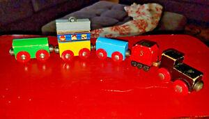 THOMAS THE TRAIN Wooden Railway Lot of 5 Magnet TRAIN CARS Imaginarium Brio