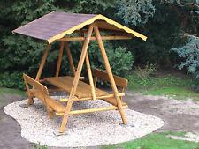 überdachte Sitzgruppe , Waldschänke, Rehraufe