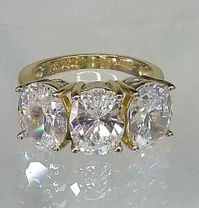 Vintage Trillogy Ring 14ct Yellow Gold 6+ ct Diamond simulant Pristine Condition
