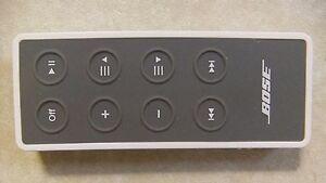 Genuine Rare White Bose SoundDock Series 2, 3 & Portable Remote (No Battery)