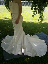 KLEINFELD NY DOUGLAS HANNANT WEDDING GOWN 6-8 IVORY STRAPLESS TRUMPET $5900 USA
