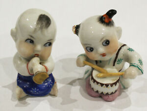 Vintage Chinese Porcelain 2 Children Musicians Ornament Figurines Figure Infants