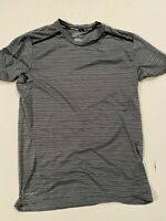 Nike Dri-Fit Running Perforated T-Shirt Men's Medium