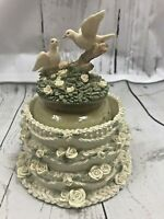 Candle Wedding Cake Hugger Topper Set NEVER USED CANDLE Excellent Yankee Candle