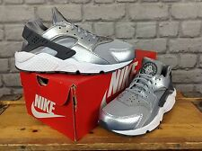 NIKE LADIES UK 4 EU 37.5 METALLIC SILVER AIR HUARACHE RUN SE TRAINERS