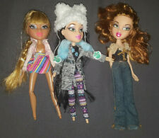 Bratz Dolls Lot Of 3 no Feet