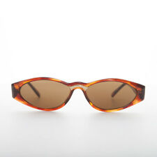 Tortoise Sleek 90s Vintage Sunglass with Gold Detail Brown Lens - Gala