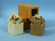 bomboniera testimoni barattolo con fiori in porcellana in scatola regalo