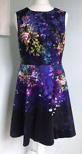 Karen Millen Oscuro Floral Vestido Fit & Flare UK 14 Cremallera expuesto sin mangas fiesta