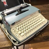 Vintage SCM Smith Corona Coronet Blue Electric Typewriter w/ Hard Case