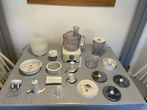 KENWOOD Multipro FP730 Food Processor & Accessories. 99p Auction.