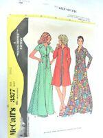 McCalls 3377 Vintage 1972 Sewing Pattern Size Small Dress Robe Uncut