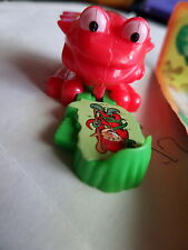 2009 Ü-Ei + Teichspringer + Frosch rot Figur Kinder Fantasy BPZ DE053 Spielzeug