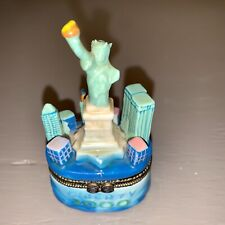 World Trade Center Trinket Box With Statue of Liberty Dated 2000