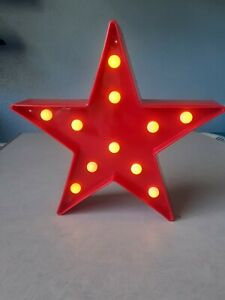 Star shaped LED Light Battery Powered. Gift. Novelty. Requires 2x AA Batteries