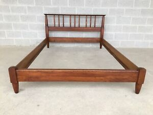 WILLET TRANSITIONAL SOLID CHERRY MID CENTURY MODERN DOUBLE BED