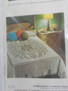 """Paragon #01142 """"SNOWFLOWER"""" Quilt Kit to be Cross Stitched & Quilted, Double Vtg"""