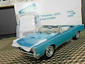 "Danbury Mint 1:24 1967 Pontiac GTO Convertible ""Gulf Turquoise"""