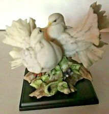 "Vintage Beautiful Doves #0221S Giuseppi Armani Porcelin Figurine ~10.5"""