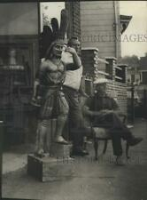 1973 Press Photo Cigar Store Indian at Uncle Sam's Antique Store in Cambridge